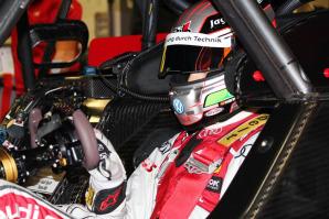 Antonio Giovinazzi nel cockpit dell'Audi Dtm negli ultimi test di Jarez