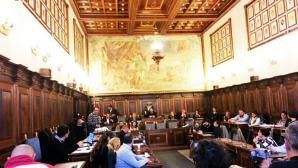La sala del Consiglio comunale di Velletri durante il lavoro dell'esecutivo di ieri pomeriggio