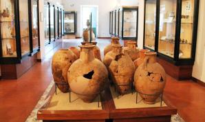 Gli interni del museo archeologico Pithecusae
