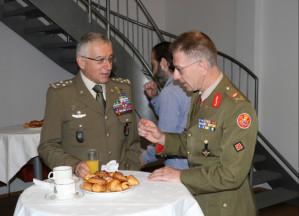 Il nostro capo di Stato Maggiore della Difesa, generale Claudio Graziano, in visita ufficiale in Lussemburgo ha incontrato la sua controparte, il generale Romain Mancinelli
