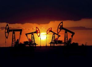 Gli Stati Uniti oltre ad essere il primo produttore mondiale di gas naturale ormai dal 2009, si attesta come il maggiore produttore di petrolio a livello mondiale.